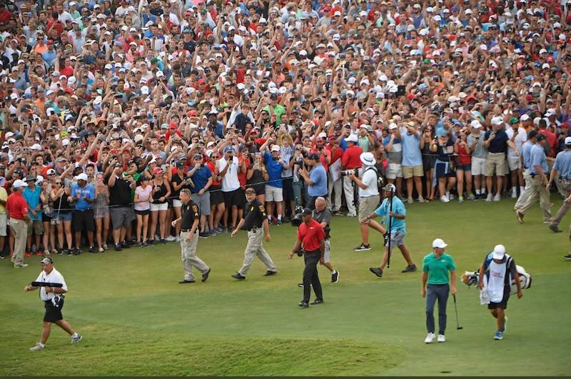 So Tiger Woods Won This Weekend And People Were Pretty
